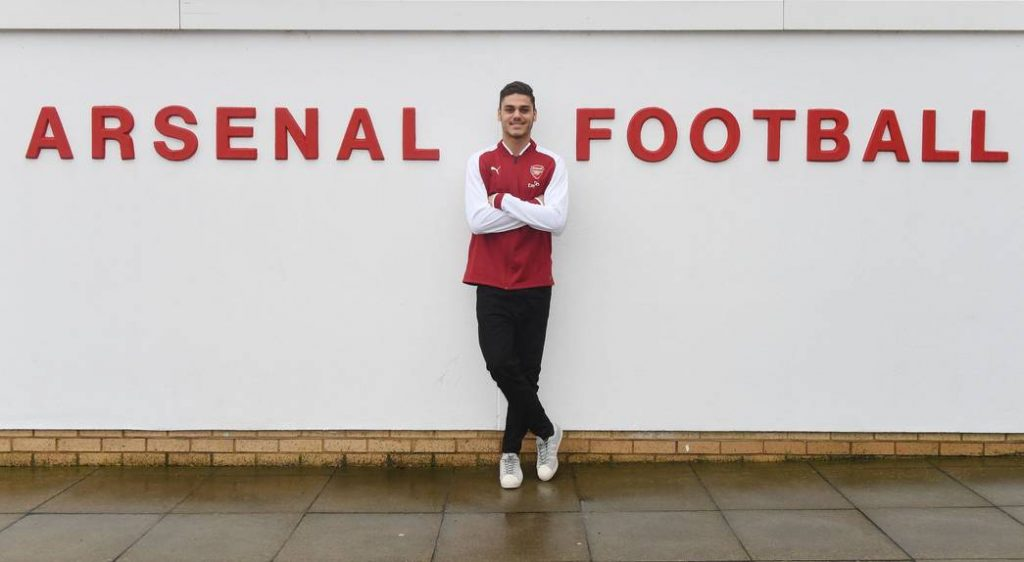 Ντίνος Μαυροπάνος στην Arsenal